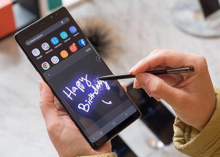 Galaxy Note 8 hoan thien nhung da du suc khien iPhone 8 'mat mau'? - Anh 3