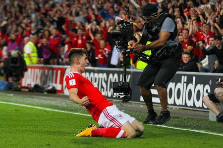 Liverpool tang luong cho 'truyen nhan' cua Gareth Bale - Anh 1