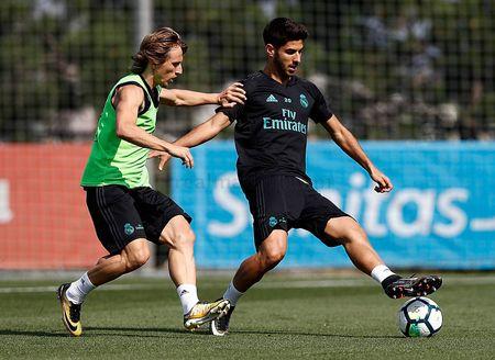 Ronaldo sung suc; Bale van tap rieng - Anh 2