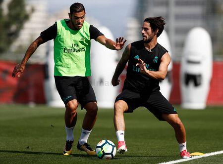 Ronaldo sung suc; Bale van tap rieng - Anh 6