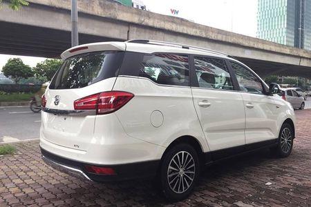 'Xe Tau' BAIC F5 gia 548 trieu dau Toyota Innova tai VN - Anh 2
