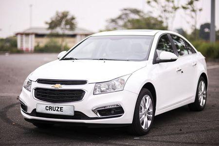 Diem mat oto Chevrolet giam gia thang 9/2017 tai VN - Anh 7