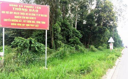 TP. Bien Hoa – Dong Nai: Nguoi dan bat binh voi thong bao cua UBND xa Phuoc Tan - Anh 1