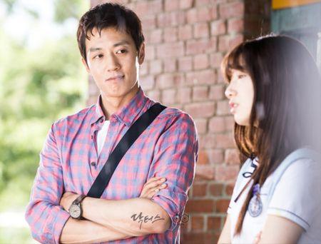 Nhung ong chu U40 gay sot cua dien anh Han Quoc boi 'tre mai khong chiu gia' - Anh 25