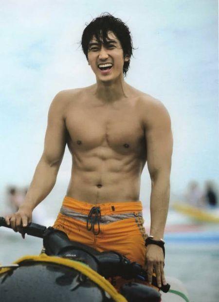 Nhung ong chu U40 gay sot cua dien anh Han Quoc boi 'tre mai khong chiu gia' - Anh 32