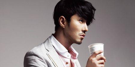 Nhung ong chu U40 gay sot cua dien anh Han Quoc boi 'tre mai khong chiu gia' - Anh 35