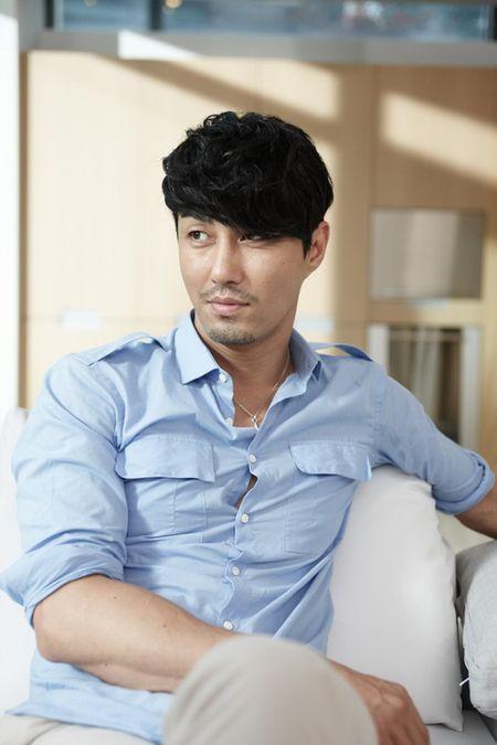 Nhung ong chu U40 gay sot cua dien anh Han Quoc boi 'tre mai khong chiu gia' - Anh 38