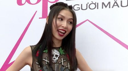 Cai va, danh chui dong nghiep, Thuy Duong kho tro thanh quan quan Next Top Model - Anh 1