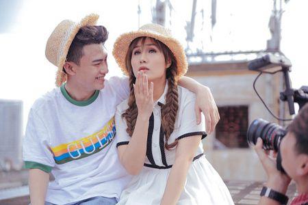 Nhu Thuy tiet lo anh hau truong tinh tu cung hotboy trong MV moi - Anh 3