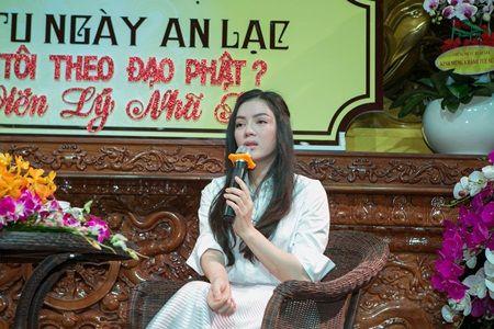 Ly Nha Ky chia se ve tuoi tho khon kho va ap luc khi la nguoi cua cong chung - Anh 2