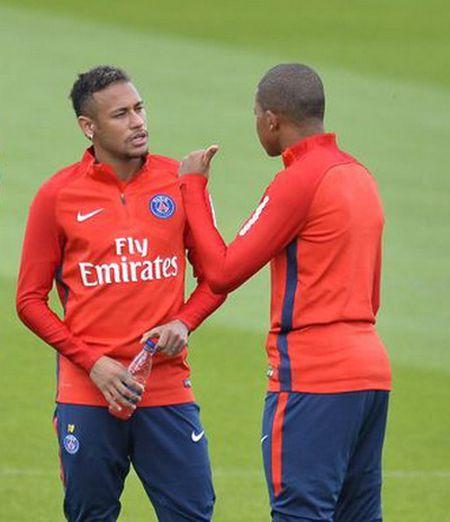 Neymar - Mbappe: Bo doi dat gia nhat the gioi hoi ngo o Paris - Anh 5