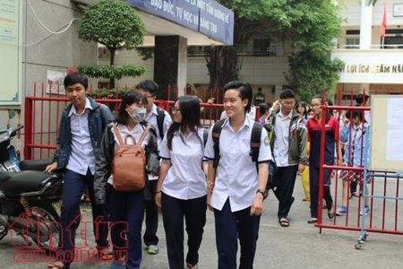 Chi day them cho 1 hoc sinh cung phai dang ky, cap phep - Anh 1