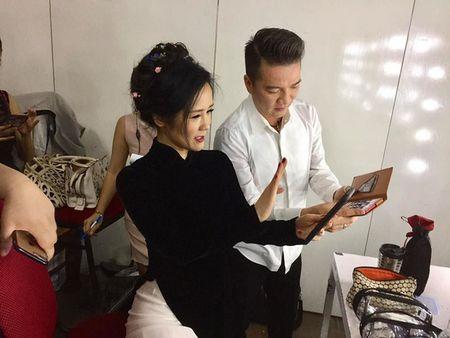 "Dam Vinh Hung xung ho hai huoc voi Diva Hong Nhung, ""canh khoe"" Tung Duong - Anh 3"