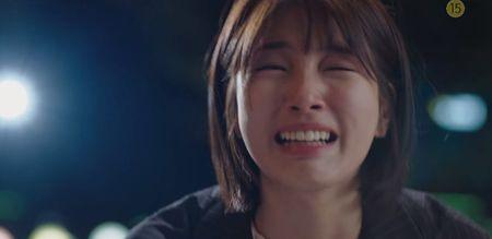 Dong phim moi voi Suzy, Lee Jong Suk khong thoat do mau, nhay lau - Anh 3