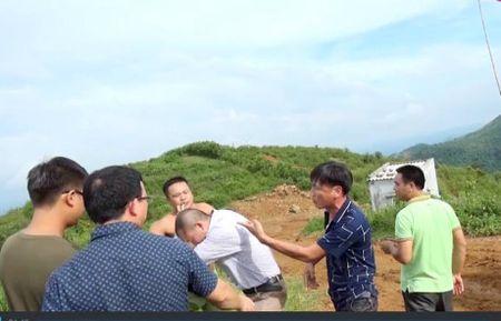 Cong an Hoa Binh chi dao lam nghiem vu PV bao Cong ly bi hanh hung - Anh 1