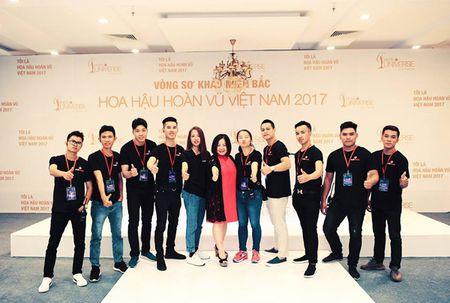 Chan dai Next Top 'tran ngap' Vong so khao Miss Universe Vietnam 2017 - Anh 3