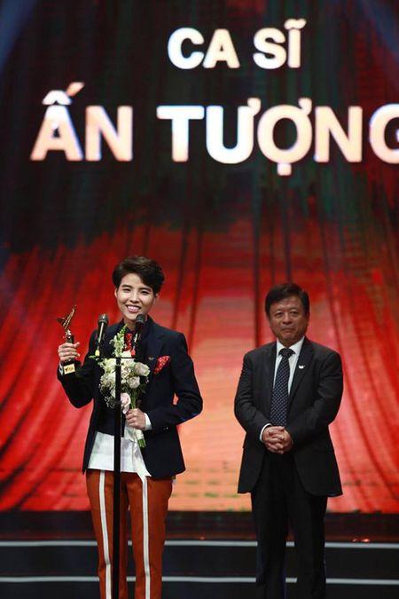 Danh sap cac bo dem view, fan hung hau nhung Son Tung van trang tay tai VTV Awards - Anh 1