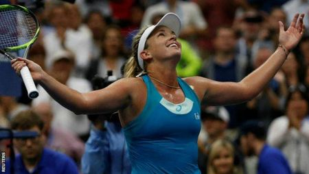 Pliskovsa - Vandeweghe: Linh don dau chi mang, guc nga chong vanh (Ban ket US Open) - Anh 1