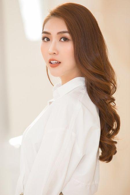 Nam Em mac vay xe quyen ru, 'lan at' a quan The Face Tuong Linh - Anh 7