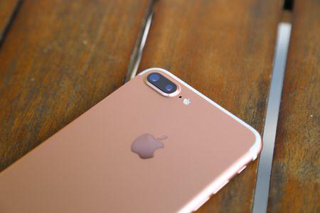 "iPhone 2018 co camera do phan giai ""cao hon 12MP"" - Anh 1"