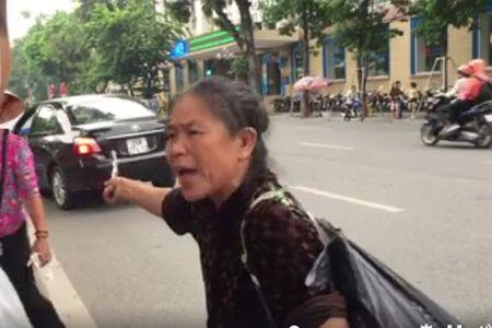 Sau lan dau ve ra mat bo me, ban trai lam chi gai xinh co thai phai cuoi gap - Anh 3