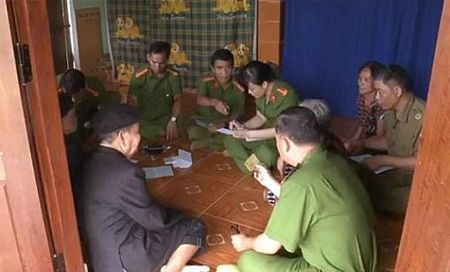 Hue: Lam chung minh nhan dan tai nha cho nguoi gia, khuyet tat vung cao - Anh 2