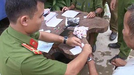 Hue: Lam chung minh nhan dan tai nha cho nguoi gia, khuyet tat vung cao - Anh 5