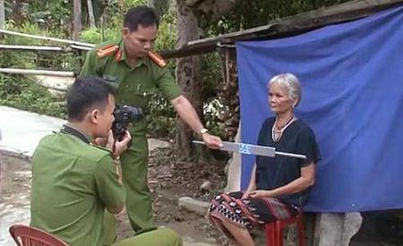 Hue: Lam chung minh nhan dan tai nha cho nguoi gia, khuyet tat vung cao - Anh 7
