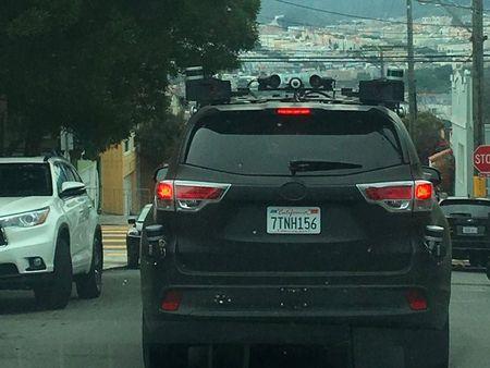 Toyota bi mat thu nghiem xe tu lai? - Anh 3