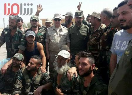 'Ho Syria' sap giang don ket lieu IS, giai phong hoan toan Deir Ezzor - Anh 1