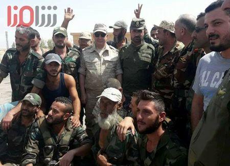 'Ho Syria' sap giang don ket lieu IS, giai phong hoan toan Deir Ezzor - Anh 4