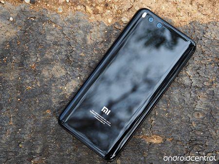 Xiaomi Mi 7 ra mat quy 1/2018, dung chip Snapdragon 845 - Anh 1