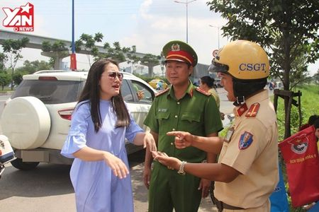 Thieu ta Doi CSGT: 'Co Ngoc Lan danh da, co loi noi thieu chuan muc voi chung toi' - Anh 1