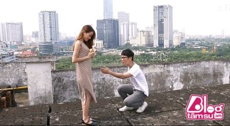 Cuoi vo bung canh nam thanh nien lo the thot roi moi phat hien ra su that dang cay - Anh 2