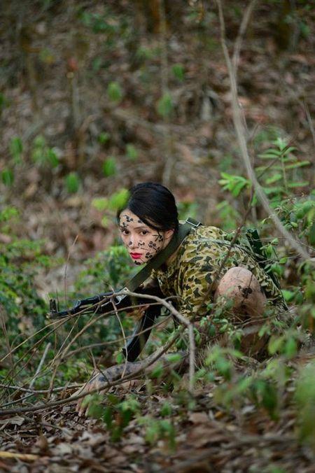 Mai Ngo - Huong Giang lam 'bong hong thep', quyet tam 'nao loan' Sao nhap ngu - Anh 2