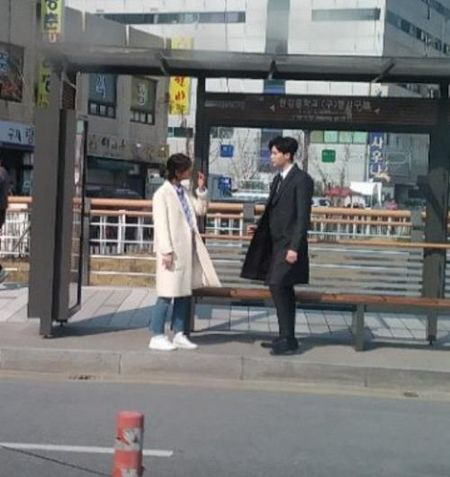 Nha anh doc kich ban sau 9 thang, phim moi cua Suzy - Lee Jong Suk lap ky luc ve do em tin - Anh 6