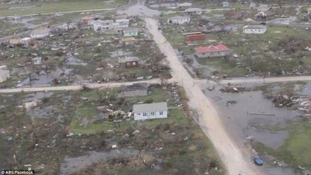 Bao Irma do bo: Puerto Rico va quan dao Virgin hoan toan bi pha huy - Anh 1