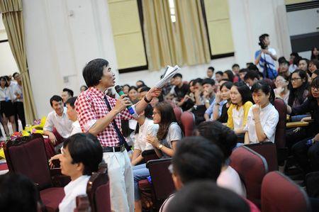 TS Le Tham Duong: Sinh vien can hieu thoi the - ai khon thi nguoi do song - Anh 2