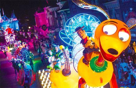 Quan tri trong moi truong da van hoa: Nhin tu Disneyland Hong Kong - Anh 1