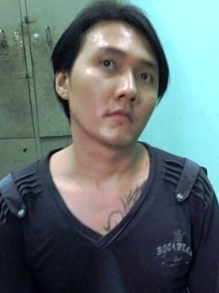 Thanh nien ngao da sat hai hang xom - Anh 2