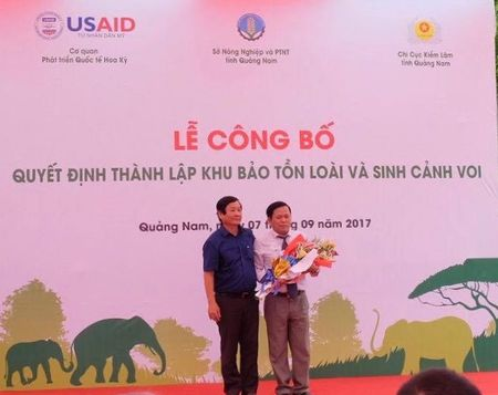 Quang Nam co khu bao ton sinh canh voi dau tien - Anh 1
