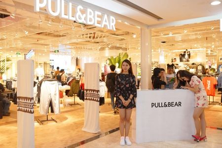 Pull&Bear khai truong cua hang dau tien tai Vincom Dong Khoi - Anh 2