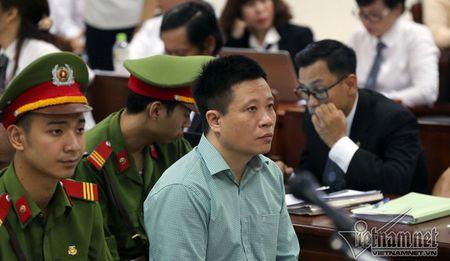 Ha Van Tham va cuu TGD Oceanbank 'tung hung' an y choi chiem doat tien - Anh 13