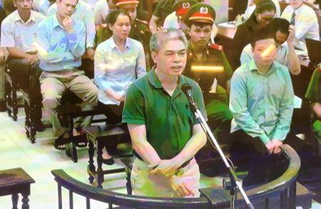 Ha Van Tham va cuu TGD Oceanbank 'tung hung' an y choi chiem doat tien - Anh 4