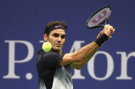 Can canh: 'Tau toc hanh' Roger Federer cui dau roi US Open 2017 - Anh 5