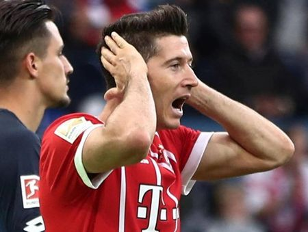 'Nhung cot khoi' dang boc len tu tru so cua Bayern Munich - Anh 1
