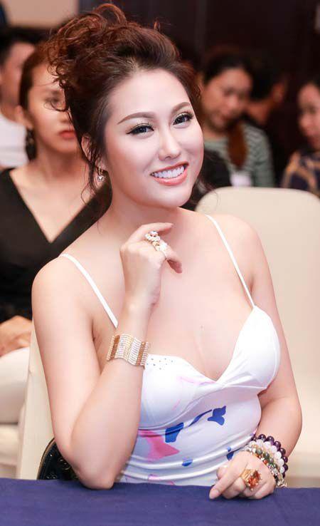 Diep Lam Anh, A hau Huyen My lot top my nhan 'ho bao' nhat tuan - Anh 6