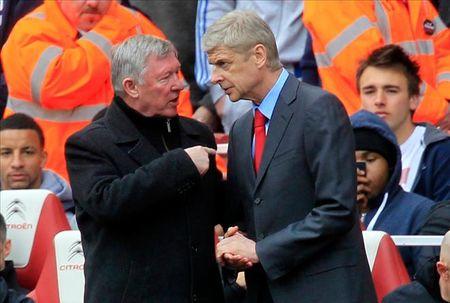 Vi tinh yeu voi Arsenal, Arsene Wenger da tu choi dan dat MU - Anh 1