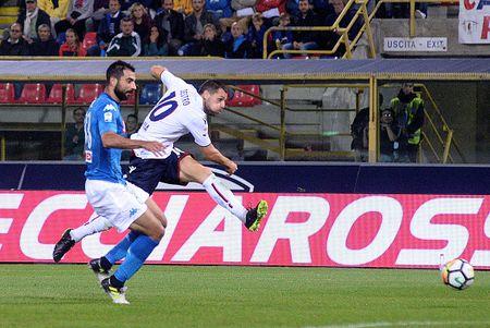 Bologna 0-3 Napoli: Khong the say chan - Anh 2