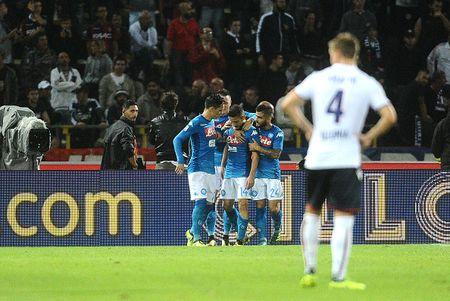 Bologna 0-3 Napoli: Khong the say chan - Anh 7